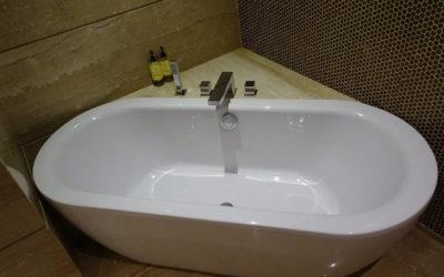 Pourquoi faire le choix d'une baignoire d'angle ?